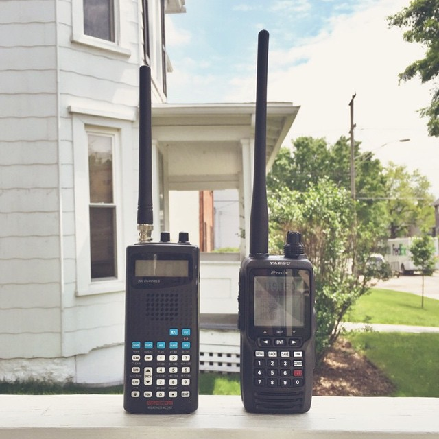 best-handheld-aviation-radio-comparison